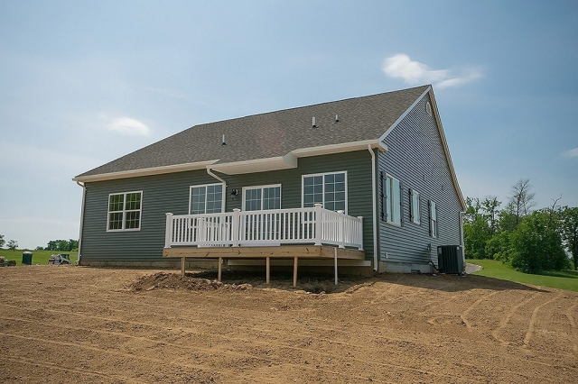 3BD Rancher With Garage